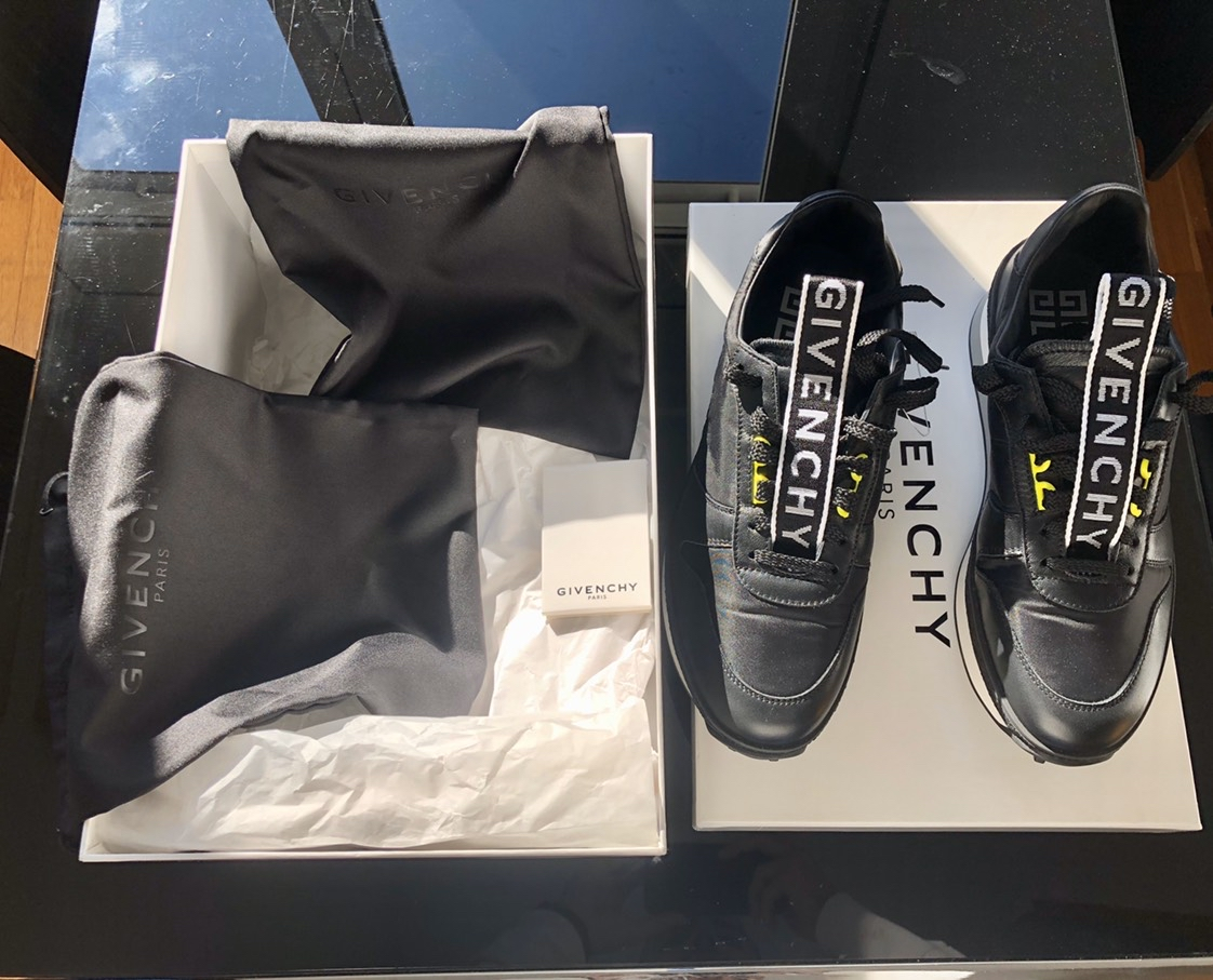 Givenchy TR3 runner sneakersGivenchy2