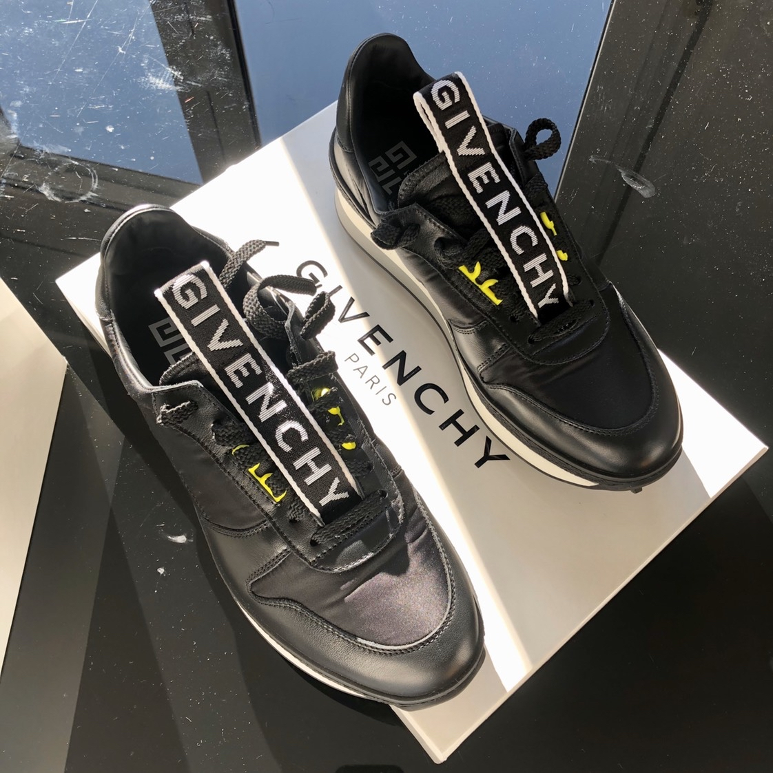 Givenchy TR3 runner sneakersGivenchy1