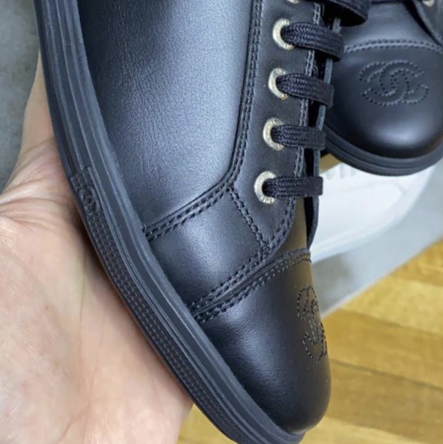 Sneakers Chanel. New Chanel0
