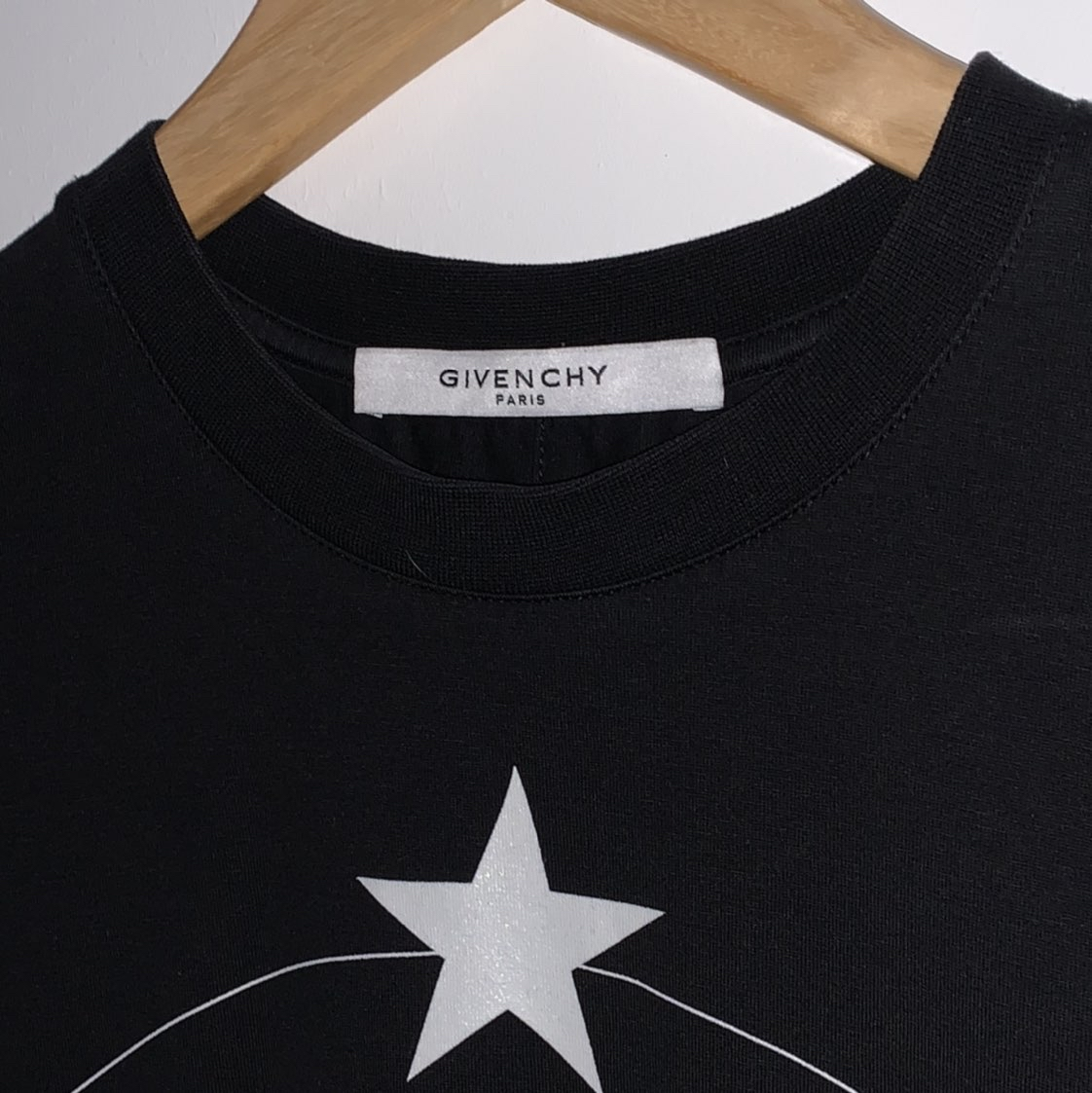Givenchy Monkey brothers Cuban fitGivenchy2